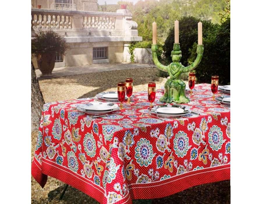 nappe carr e proven ale rouge color e 180 cm avec motif pas chere. Black Bedroom Furniture Sets. Home Design Ideas