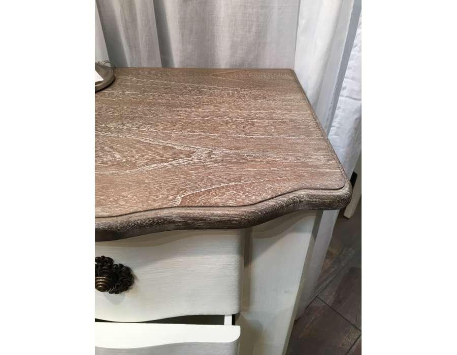 Table de nuit romantique amadeus blanc cass for Table de nuit romantique