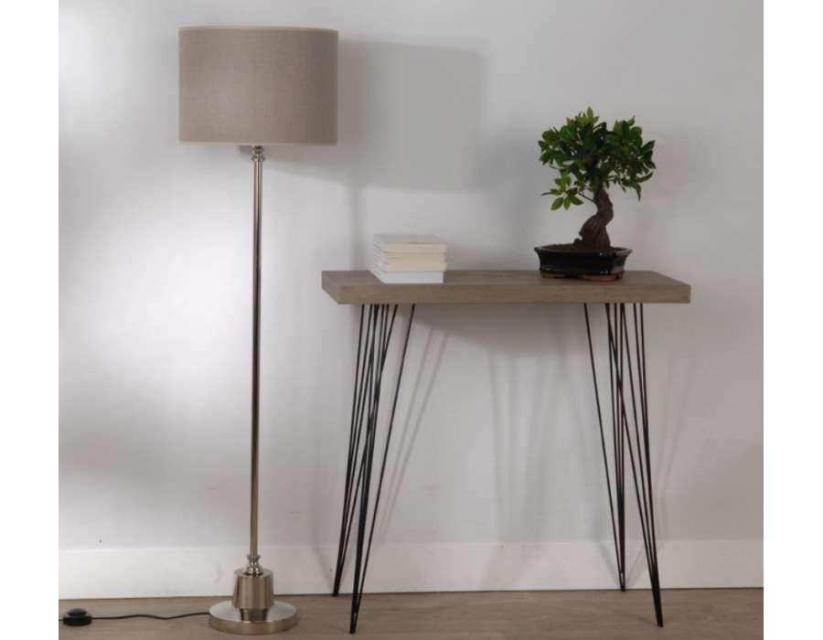 Grande lampe moderne haute avec pied chromé pas cher