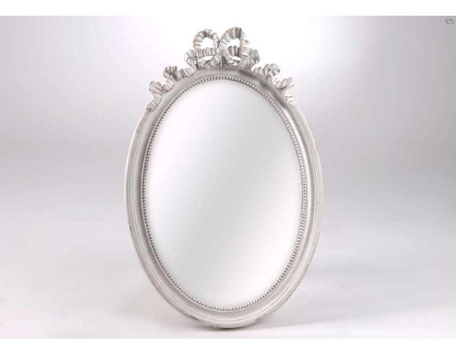 Miroir oval romantique amadeus for Miroir romantique