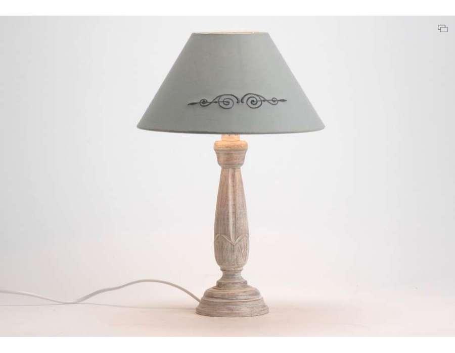 Lampe amadeus de charme meubles amadeus et d coration amadeus - Lampe de chevet grise ...