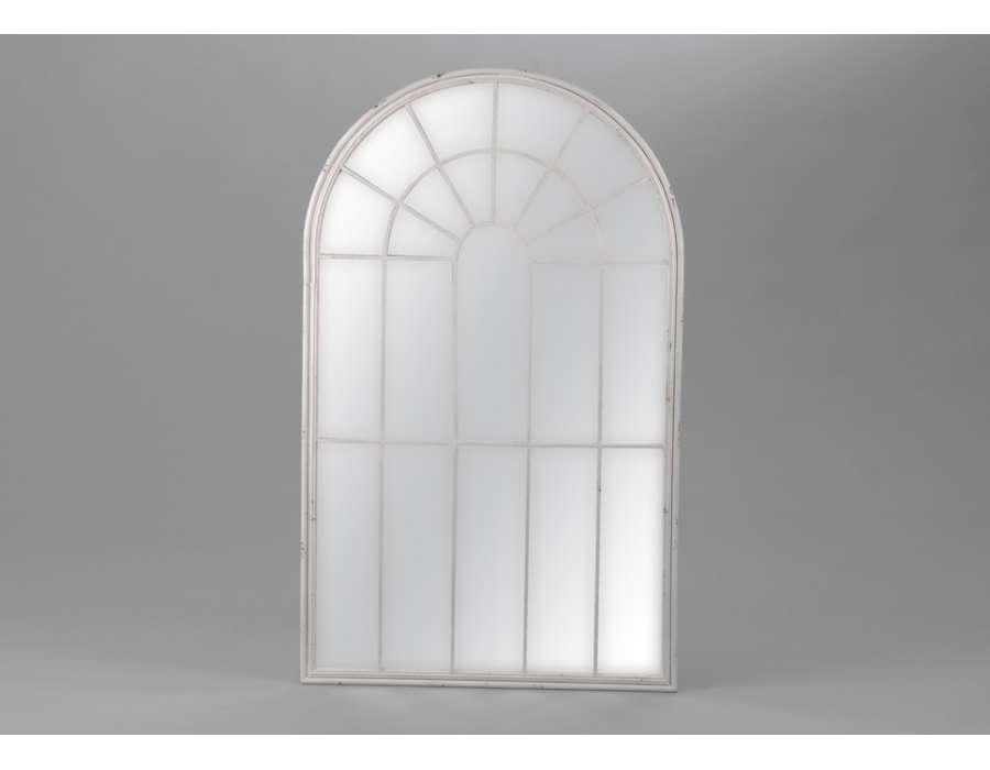 Miroir baroque et romantique miroir amadeus meubles for Miroir grande demeure