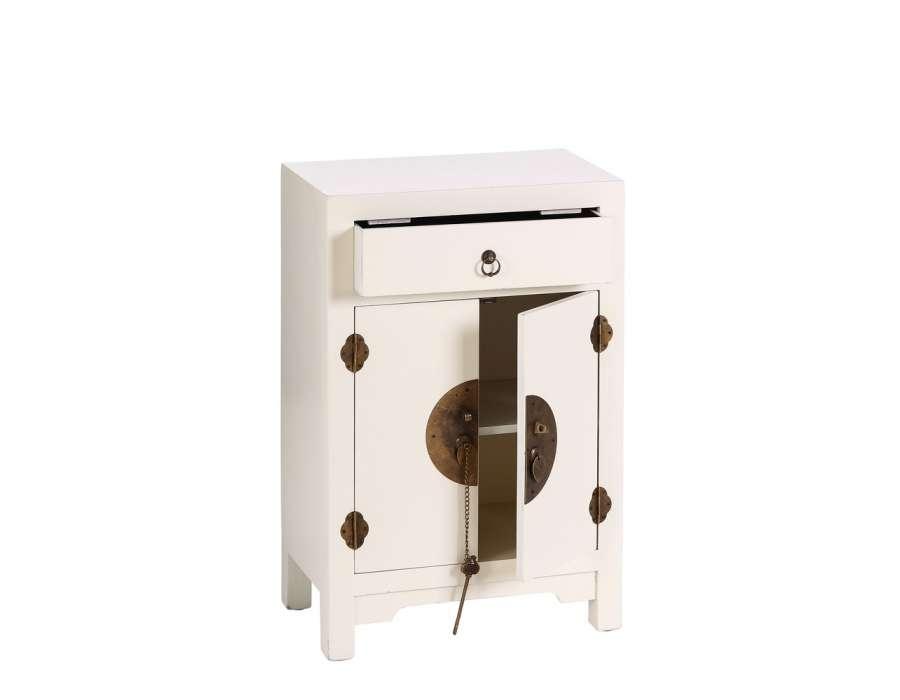petit meuble de rangement chinois blanc meuble chinois. Black Bedroom Furniture Sets. Home Design Ideas
