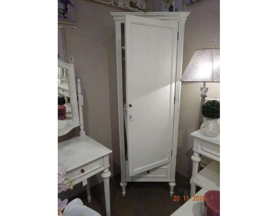 armoire designe but armoire penderie blanche dernier cabinet id es pour la maison moderne. Black Bedroom Furniture Sets. Home Design Ideas