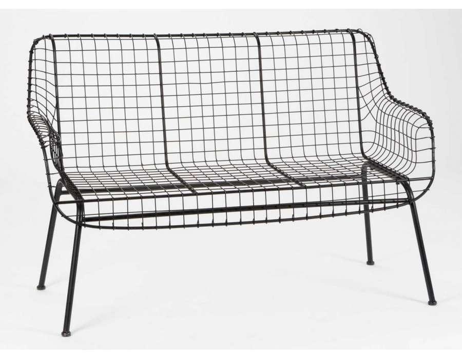 canap m tal noir grillage marque amadeus. Black Bedroom Furniture Sets. Home Design Ideas