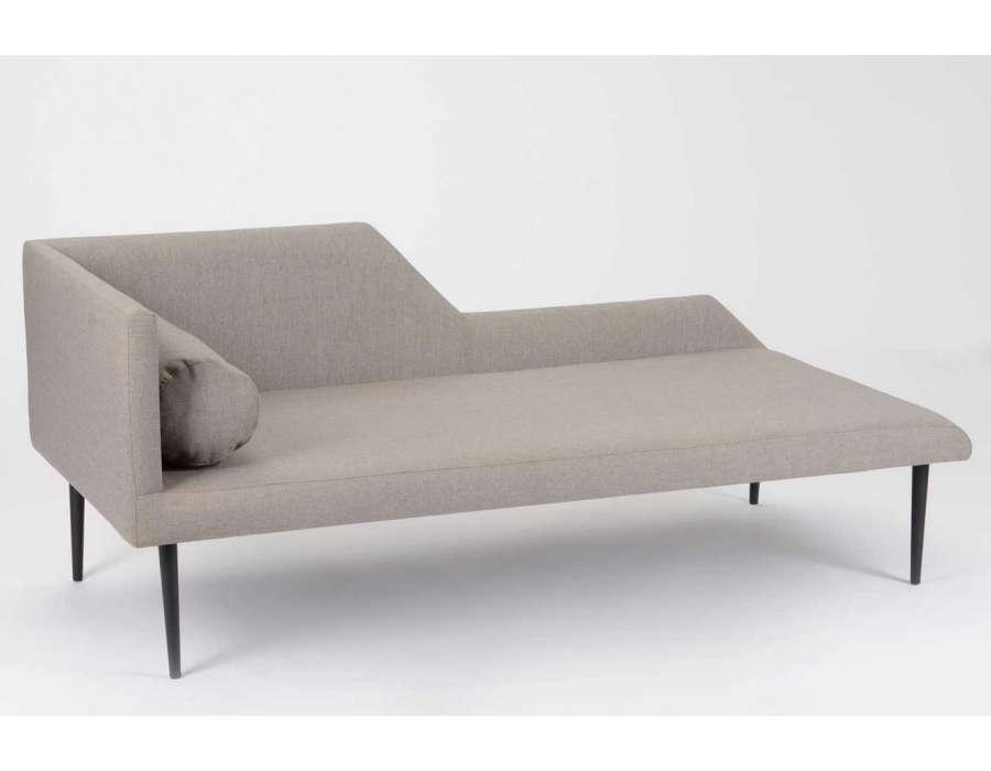 pelearnos un ratico divan zumba. Black Bedroom Furniture Sets. Home Design Ideas