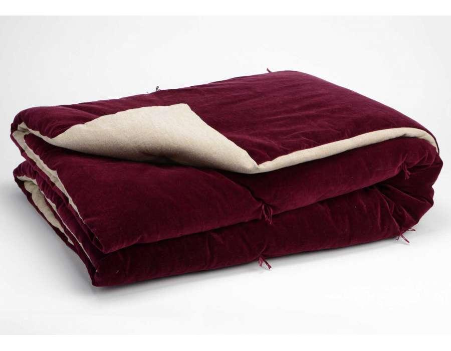 Coussins heytens purple throw pillow with a floral - Tissus portet sur garonne ...