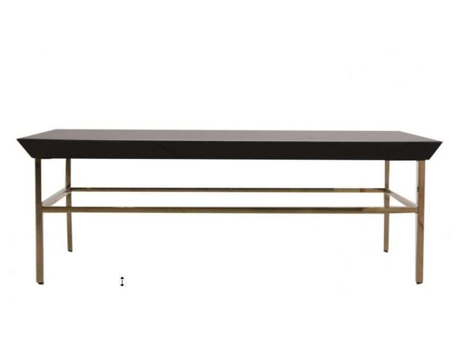 Table basse chic en verre noir
