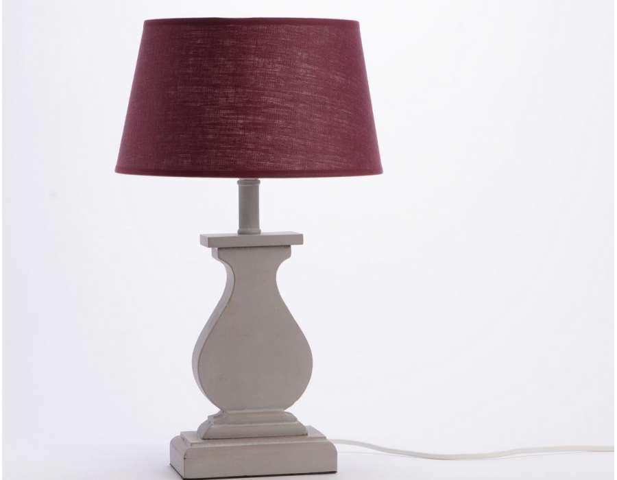Lampe grise pied balustre abat jour prunemarque amadeus - Lampe de salon a poser ...
