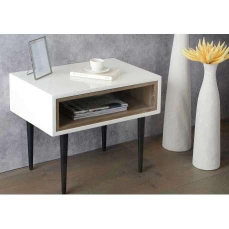 bout de canap laqu blanc design pieds noirs pas cher. Black Bedroom Furniture Sets. Home Design Ideas