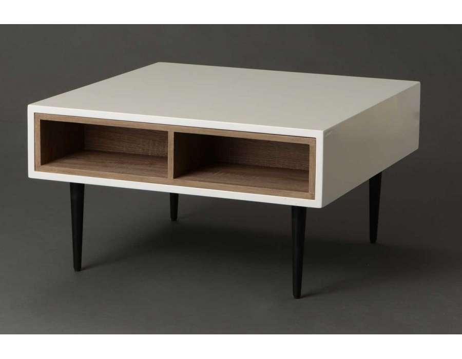 Table basse laquée blanche avec niches