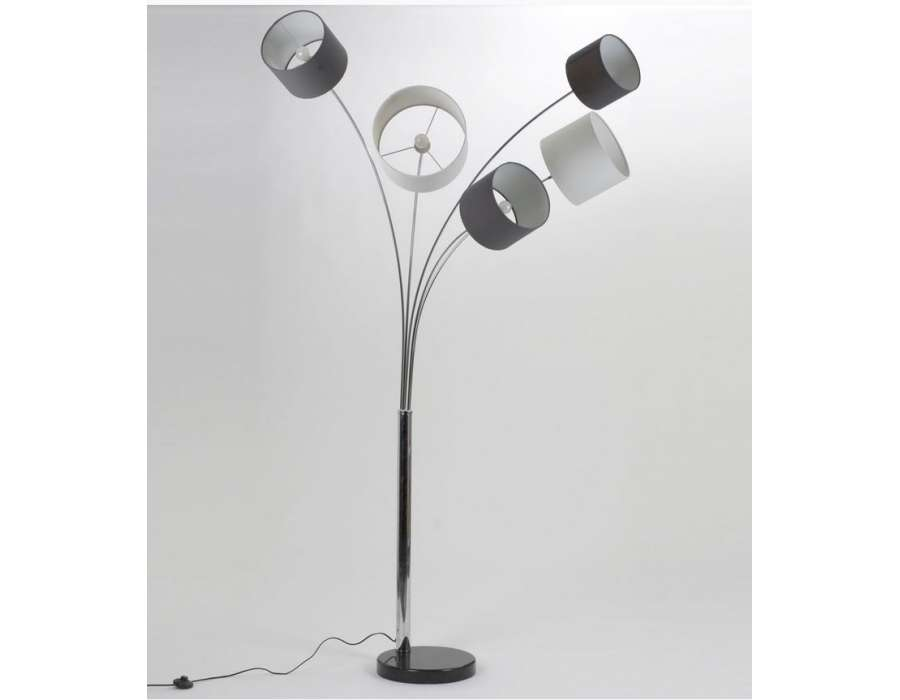 lampe haute de 160 cm avec 5 branches moderne. Black Bedroom Furniture Sets. Home Design Ideas