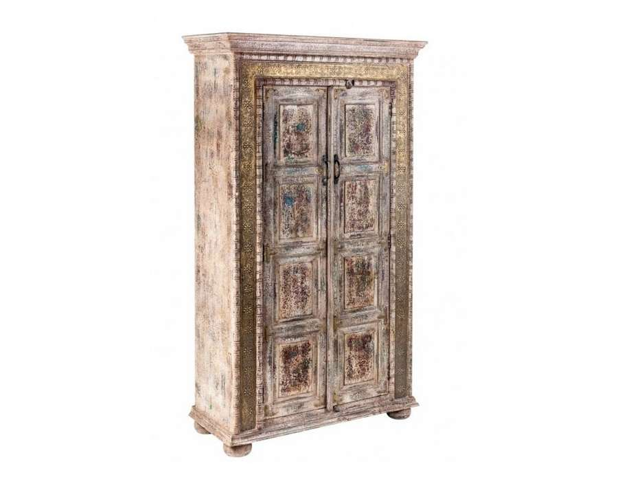 armoire indienne robuste et patin vical home. Black Bedroom Furniture Sets. Home Design Ideas