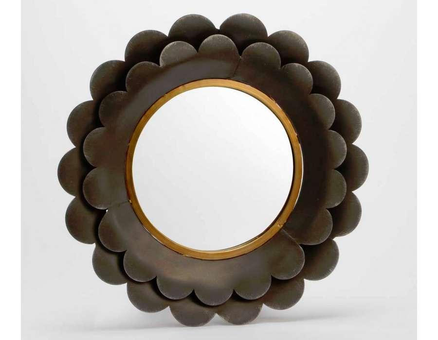 Miroir rond en fleurs p tales en m tal amadeus for Miroir rond 50 cm