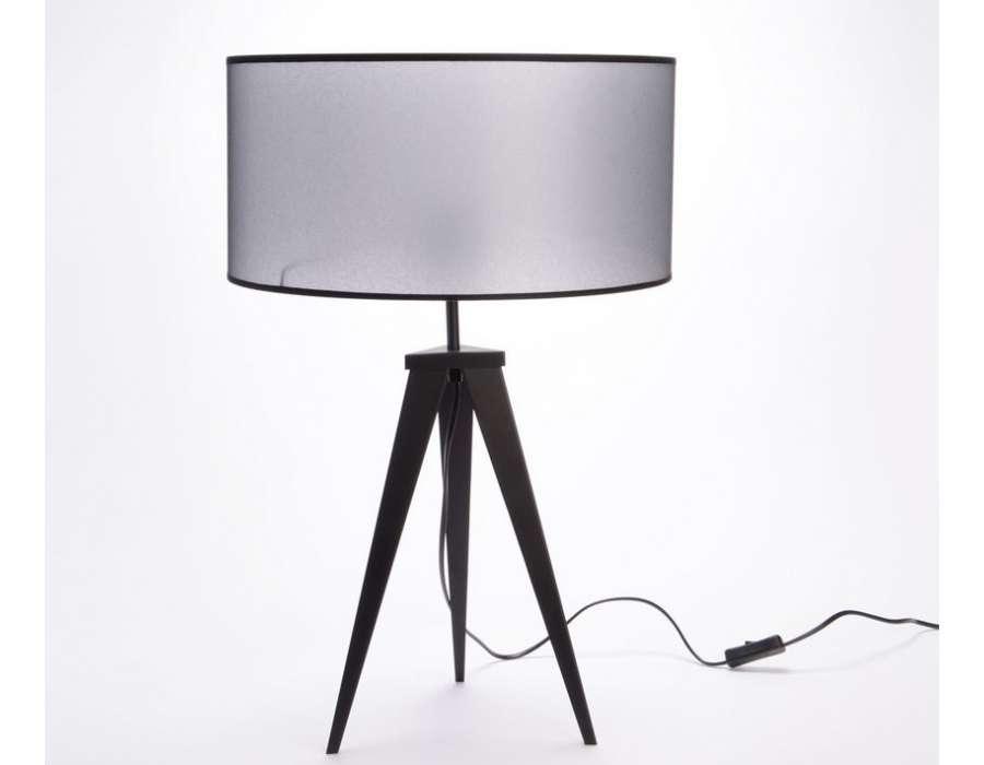 lampe tr pied moderne m tal noir. Black Bedroom Furniture Sets. Home Design Ideas
