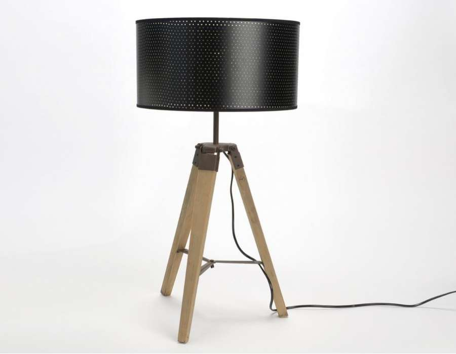 lampe tr pied bois abat jour noir moderne amadeus. Black Bedroom Furniture Sets. Home Design Ideas
