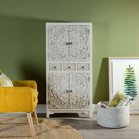 armoire blanche 4 portes pas cher sculpt e. Black Bedroom Furniture Sets. Home Design Ideas