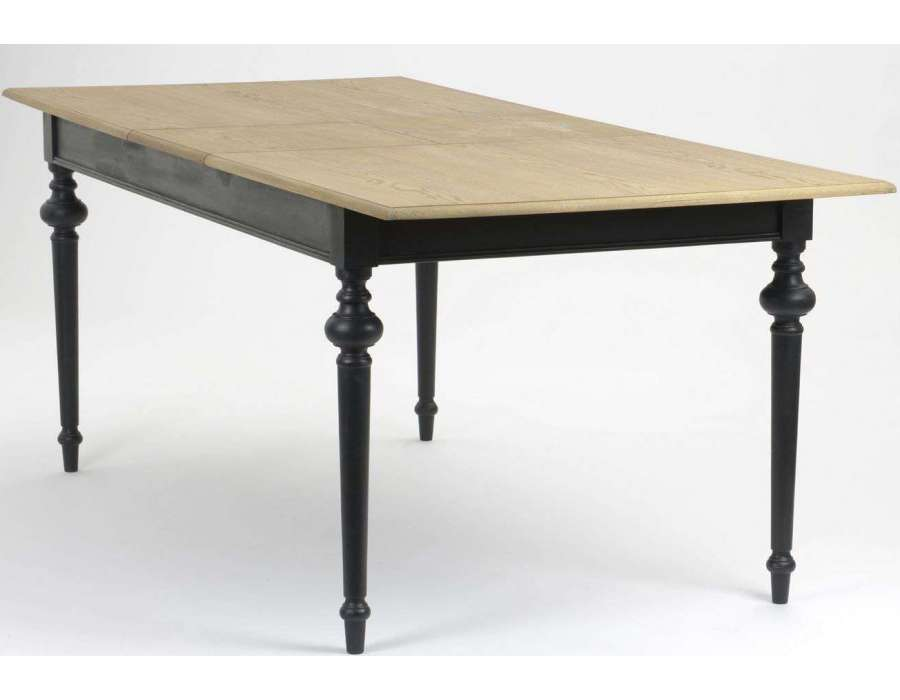 Ttable noire bois c rus e de style rustique - Table de salle a manger noire ...