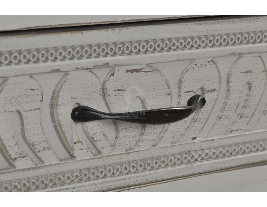 Chiffonnier tiroirs décalés aspect vieilli