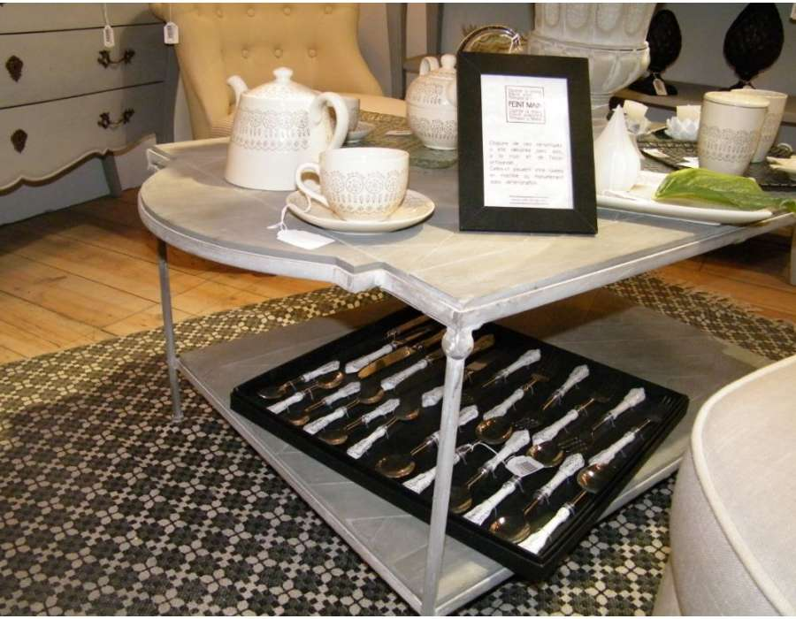 table basse grise en m tal et bois romantique amadeus. Black Bedroom Furniture Sets. Home Design Ideas