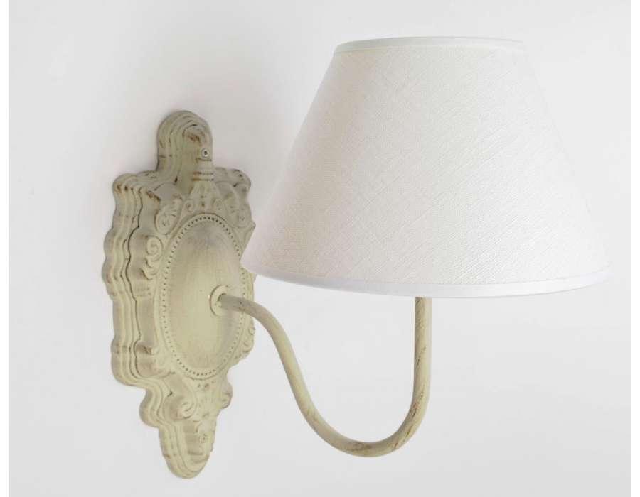 applique murale romantique c rus beige abat jour cr me pas chere. Black Bedroom Furniture Sets. Home Design Ideas