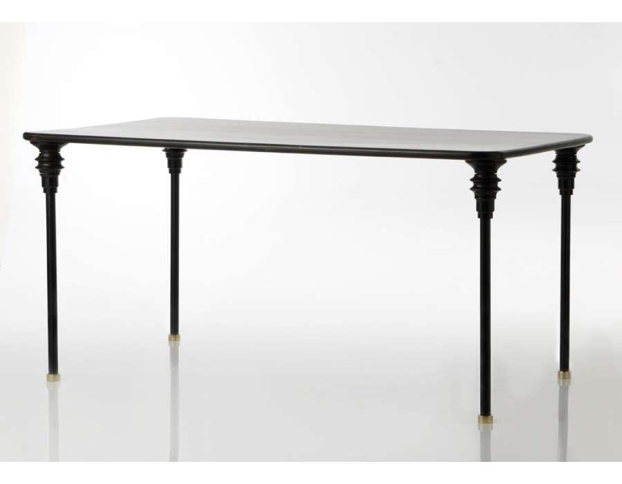 Table noir en bois chic