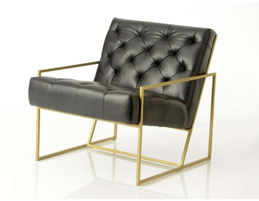fauteuil noir design m tal dor et cuir noir capitonn amadeus. Black Bedroom Furniture Sets. Home Design Ideas