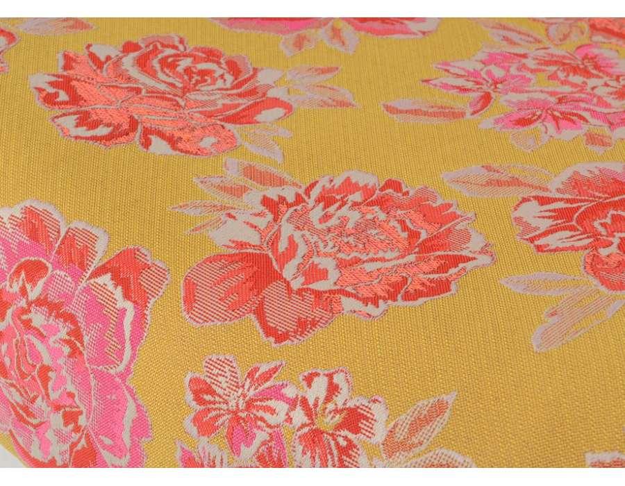 Fauteuil tapissé fleuri Amadeus