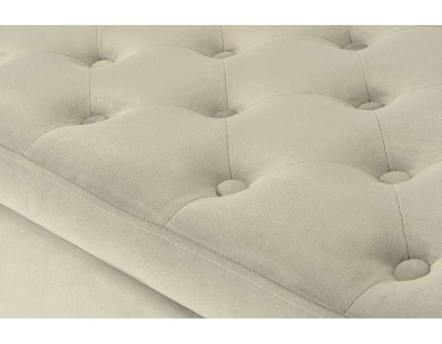 bout de lit capitonn gris en velours ou coffre amadeus. Black Bedroom Furniture Sets. Home Design Ideas