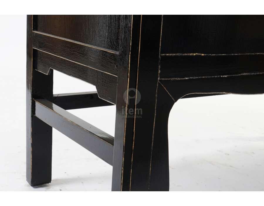 Armoire chinoise laquée noire