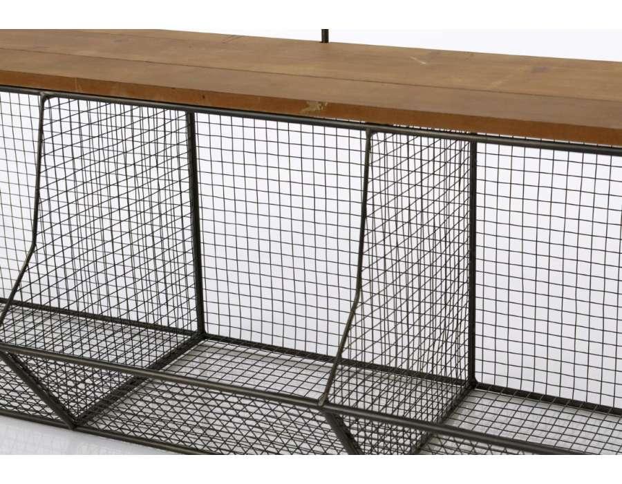 Etagère industrielle métallique avec casiers à suspendre