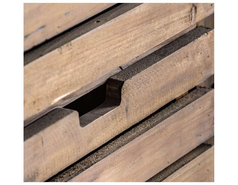 Garde manger en bois industriel