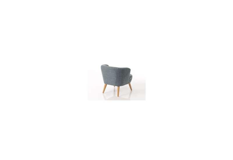 Ce fauteuil pour enfant ravira votre bambin qui sera bien assis avec sa structure rigide.