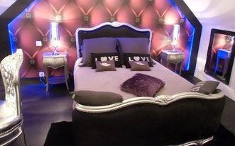 Chambre deco baroque decoration dco chambre fille for Deco baroque romantique